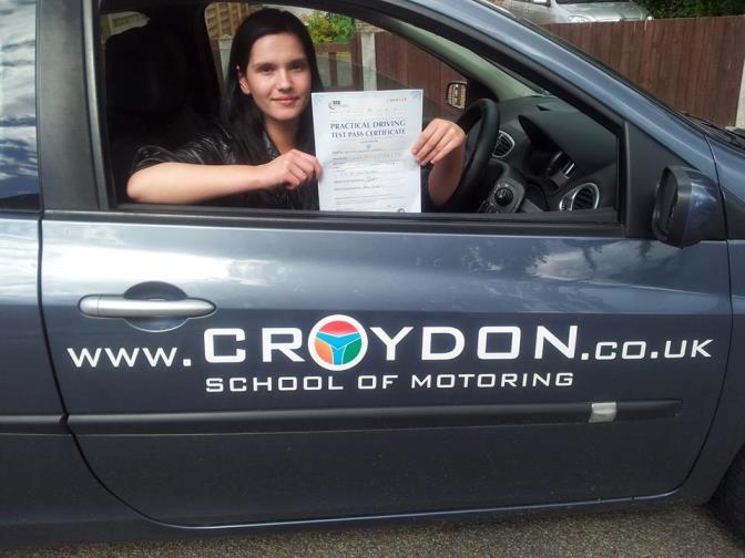 Dominika w samochodzie Croydons